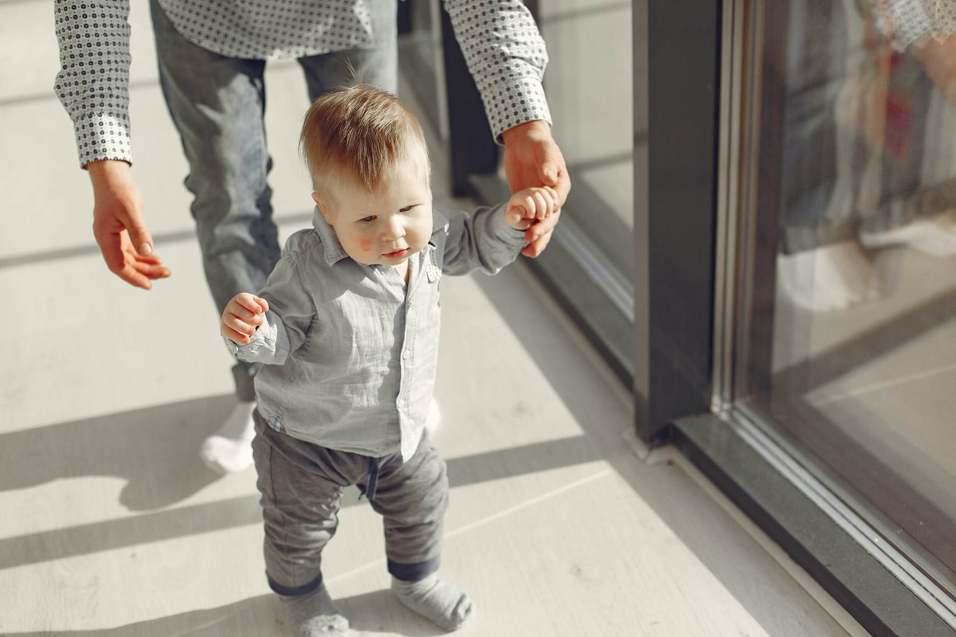 Baby's First Steps; When Does a Baby Start Walking?