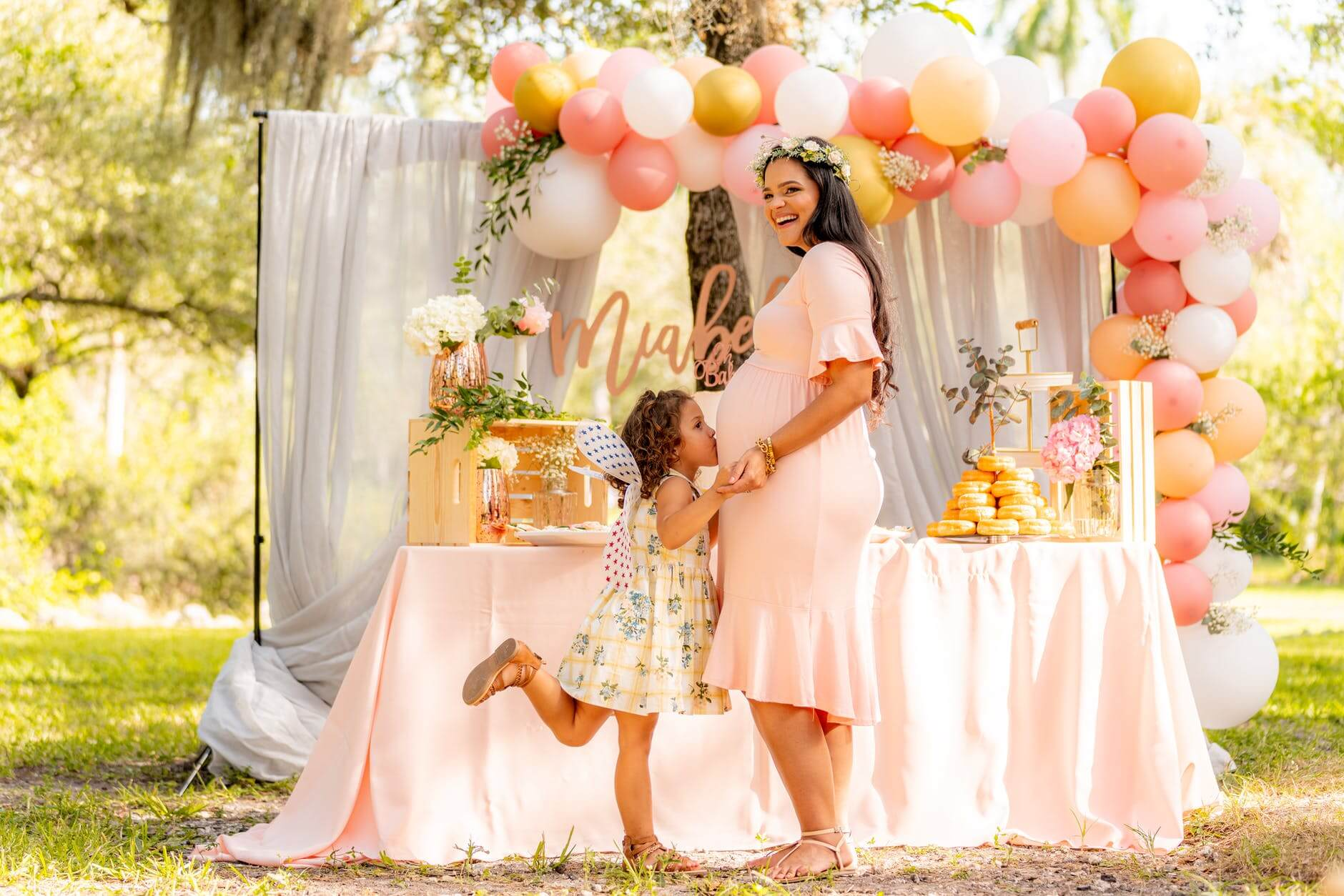 What Are the Signs of Having a Baby Girl; Facts and Myths